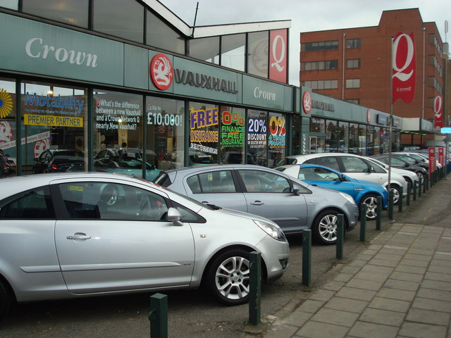 car_dealer_eastern_avenue_gants_hill_-_geograph-org-uk_-_701435